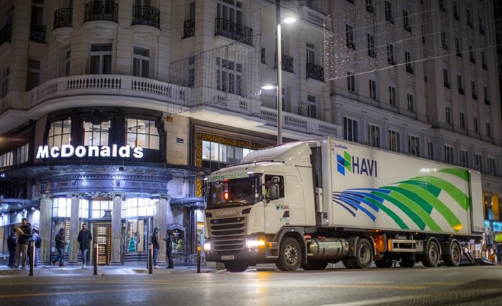 HAVI Spain, the fast-food restaurant's logistics provider, plans to add 12 vehicles that run on LNG fuel and two that run on CNG. - Photo courtesy of HAVI.
