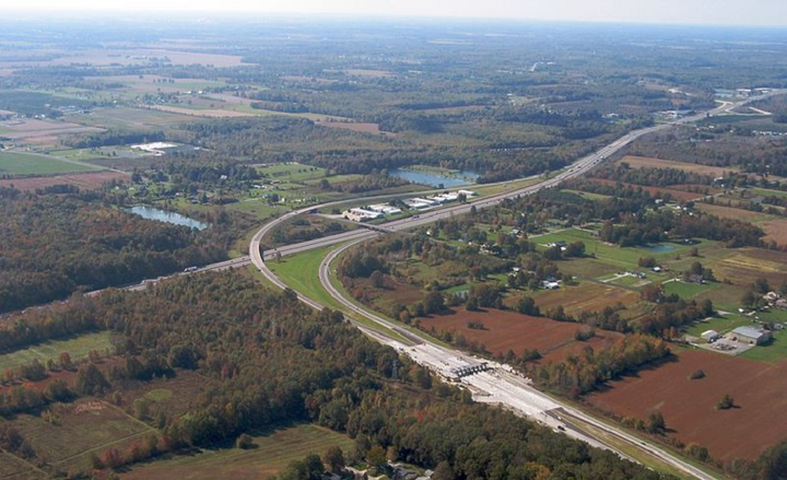 The Ohio Turnpike and Infrastructure Commission (OTIC) announced plans with Electrify America to install the EV charging stations.