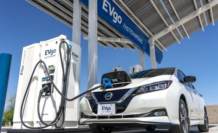 The Nissan Energy Perks by EVgo program is a new platform designed to encourage more U.S. drivers to make the switch to EVs. - Photo courtesy of Nissan.
