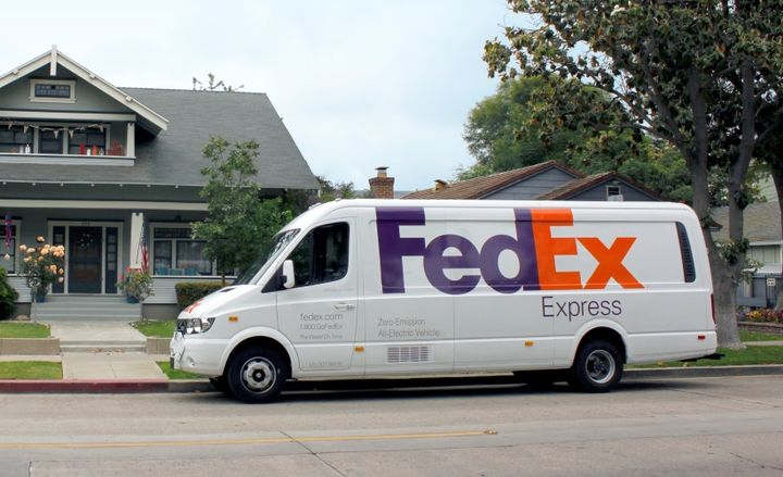 In November 2018, FedEx announced the addition of 1,000 Chanje V8100 electric delivery vehicles to its fleet. FedEx is purchasing 100 of the vehicles from Chanje Energy Inc. and leasing 900 from Ryder System, Inc. - Photo courtesy of FedEx.