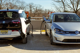 California Considers Raising EV Subsidies by $2,000