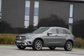Mercedes-Benz Refreshes GLC350e Plug-in Hybrid