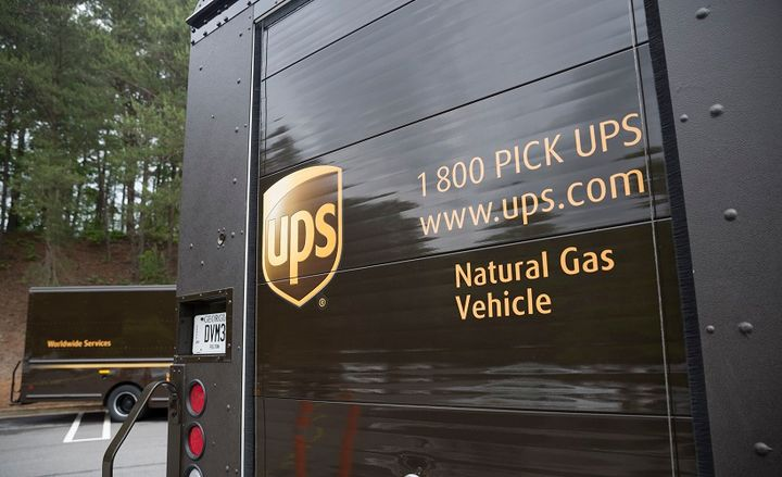 The new vehicles will be equipped with compressed natural gas (CNG) fuel systems provided under an exclusive agreement with Agility Fuel Solutions.