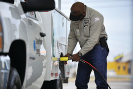 5 Factors to Consider When Converting to an NGV Fleet