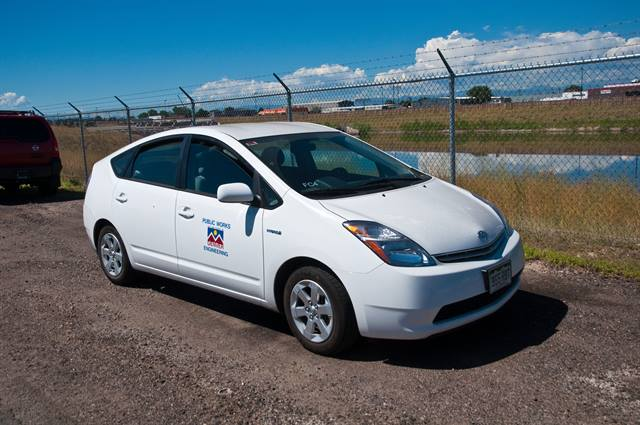 "<p class=""TCP"">The City and County of Denver fleet was among the first in the country to incorporate hybrid-electric vehicles into its operations. Photo: Pat Corkery, NREL.</p>"