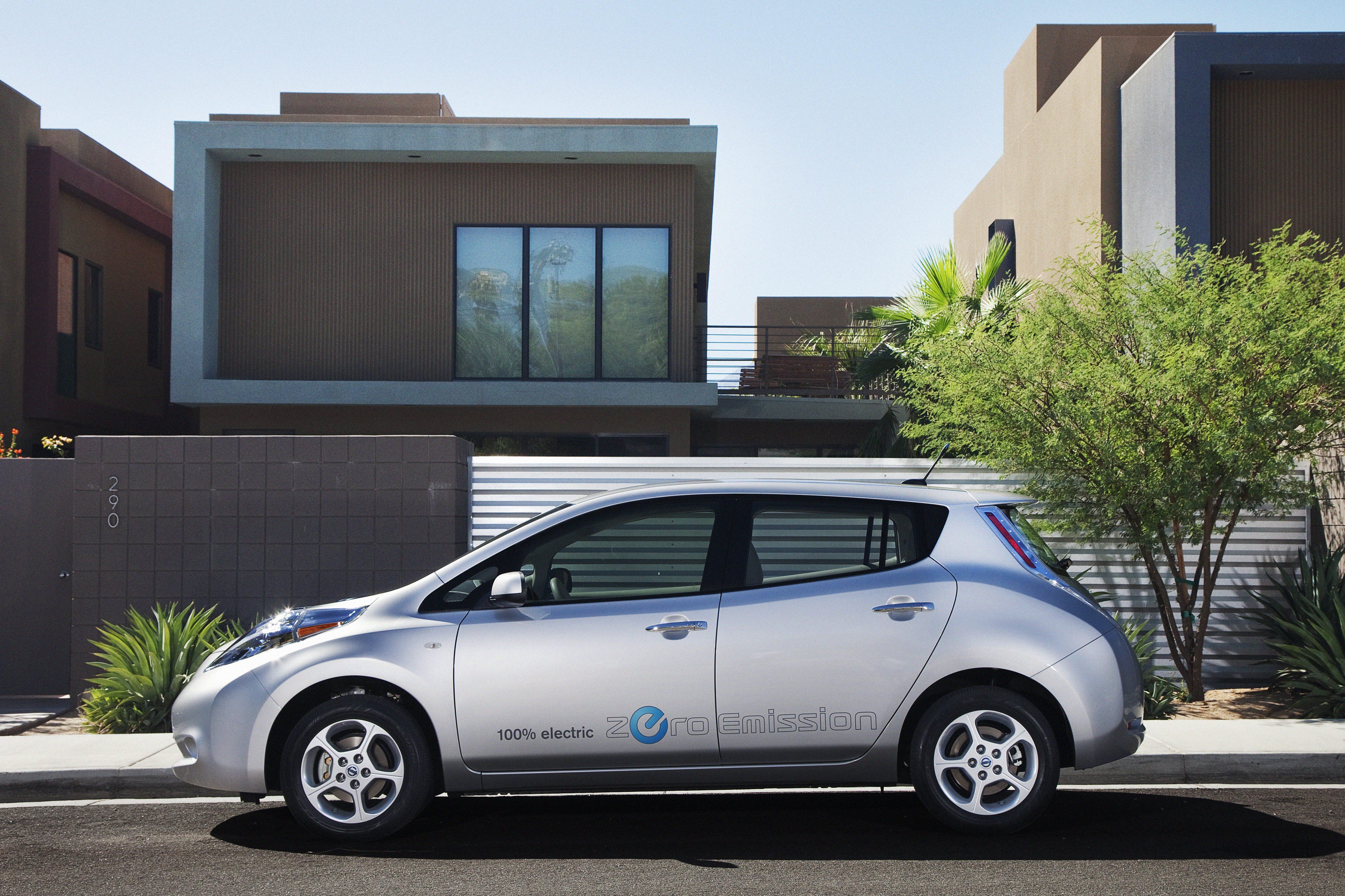 Nissan Expands Leaf Availability into New U.S. Markets