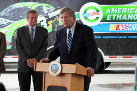 Fed Funding to Double Fueling for Higher-Ethanol Blends
