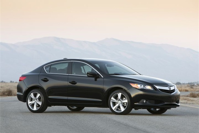 Photo of 2.4-liter 2015 ILX courtesy of Acura.