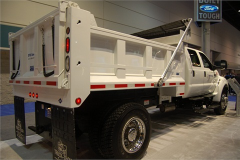 Truck Tech Engineers Inc. provided the dump body and National Fleet Services provided the dedicated CNG fuel system.