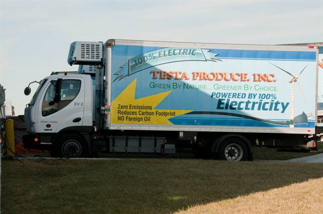 Testa plans to use the new trucks for deliveries to customers in its downtown Chicago market. (Photo: Testa Produce)