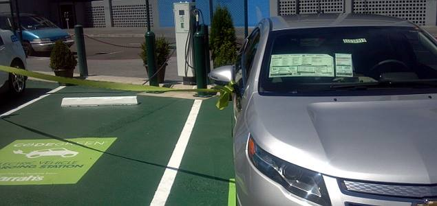 In addition to its Reno, Nev., location, Caesars Entertainment has installed electric vehicle charging stations for its guests in southern Nevada and at the Harrah's Southern California Resort. Photo: NevadaEVA.org.