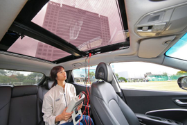 Hyundai, Kia to Introduce Solar Roof Charging