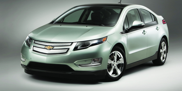 With an EPA-estimated driving range of 379 miles, the Chevrolet Volt can drive gasoline- and...
