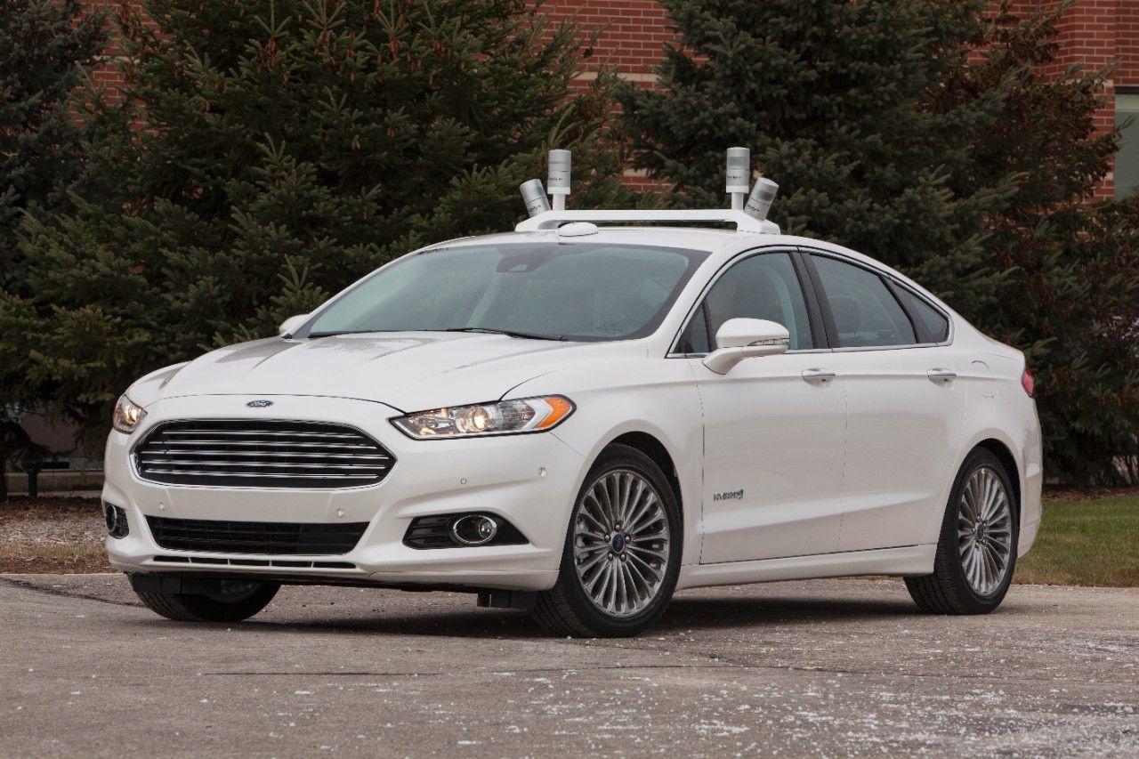 2013 Ford Fusion Hybrid Crash Test