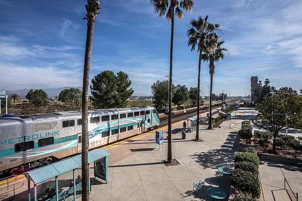 Metrolink Taps HDR for Rail Expansion Program