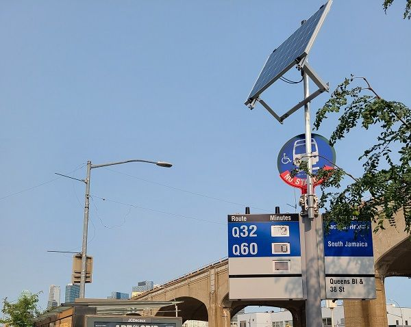 The solar-powered signage installed at Queens Boulevard will provide real-time bus arrival information, assist the visually impaired with spoken information, and help maintain clear readability at about 80 feet. - Telia