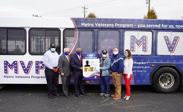 "Once veterans and military personnel sign up for the Metro Veterans Program and provide valid proof of veteran or active-duty status, they will receive a ""tap and show"" smart card. - Cincinnati Metro"