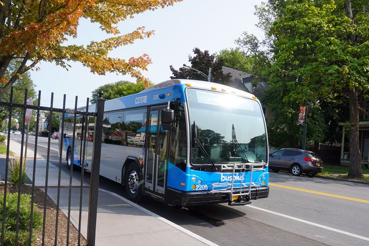 GILLIG is now offering customers five different driver barrier protection options for buses, two differentair-intake systems for new buses and retrofits, and a wheelchair securing system, as well as making available new cleanable passenger grab-handles and safety straps for riders. - GILLIG