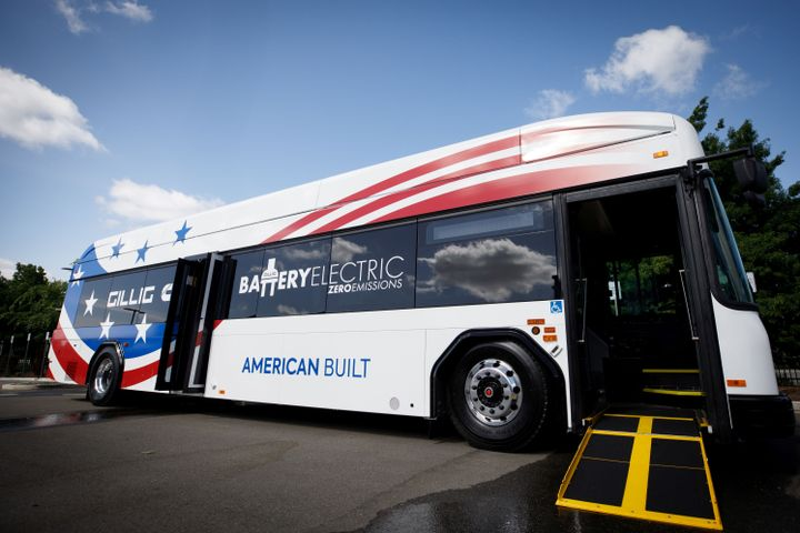 The Low-No Program helps fund the purchase or lease of zero-emission and low-emission transit buses and supporting facilities that use advanced technologies. - GILLIG