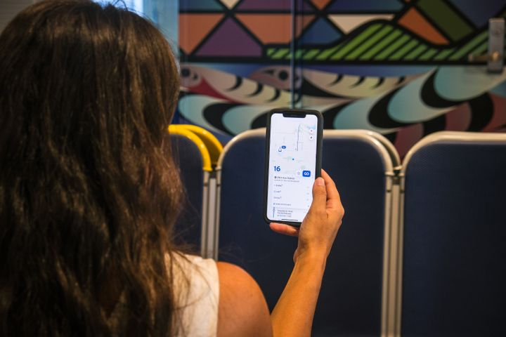 When customers plan their journey through the Transit app or check the real-time location of their bus, they will now notice a symbol indicating how many seats are likely to be available on board. - TransLink