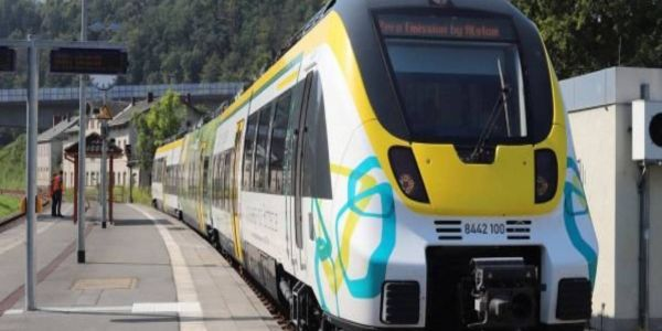 The projectcovers the development, approval, and operation of the battery-powered passenger trains.