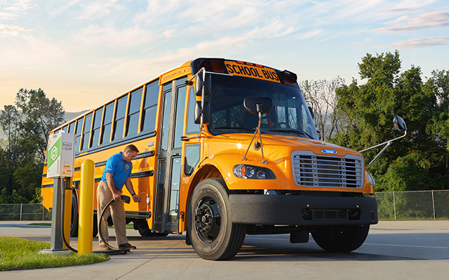 Top 6 Considerations Regarding Electric School Bus Batteries and Charging Infrastructure