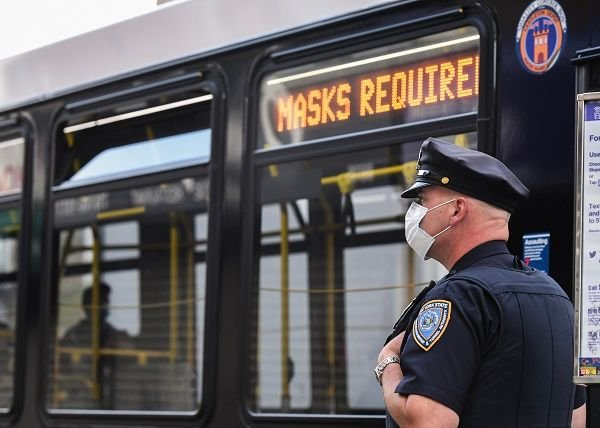 The new mask requirement, which implements President Joe Biden's Executive Order 13998, applies to all travelers on U.S. public transportation systems, including rail, van, bus, and motorcoach services. - Photo courtesy Marc A. Hermann, MTA NYC Transit via Flickr