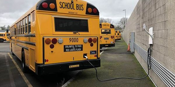 6 Oregon Districts Receive Funding for Electric School Buses