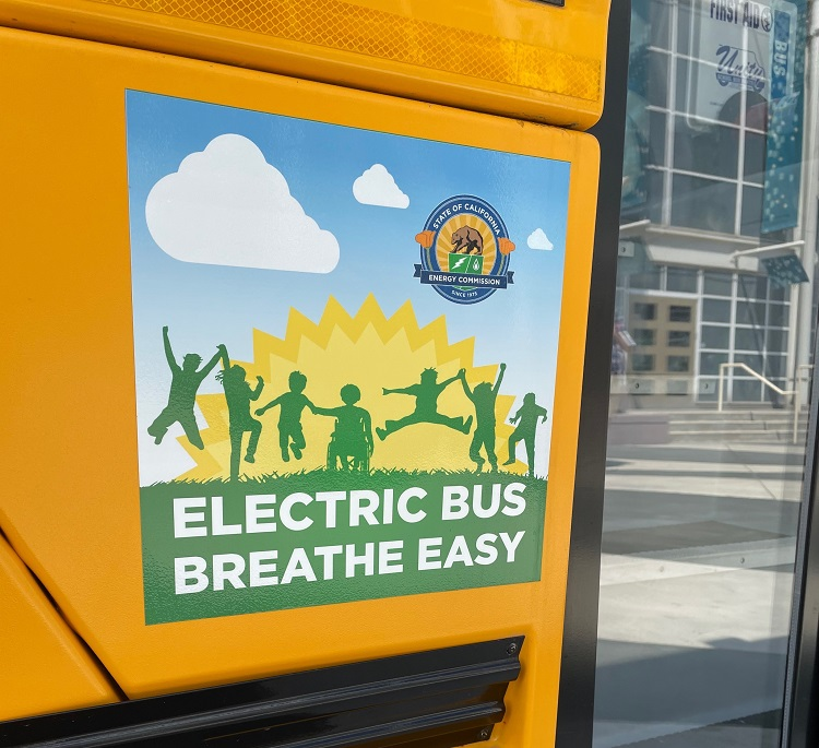 PHOTOS: Electric Buses Bring Spark to ACT Expo