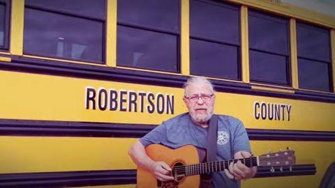 School Bus Songs: 'I Drive a Bus'