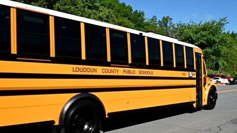 VIDEO: Virginia District Unveils Electric School Buses