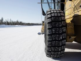 Trelleborg EMR 1025 Gives Winter Grip to Loaders and Graders