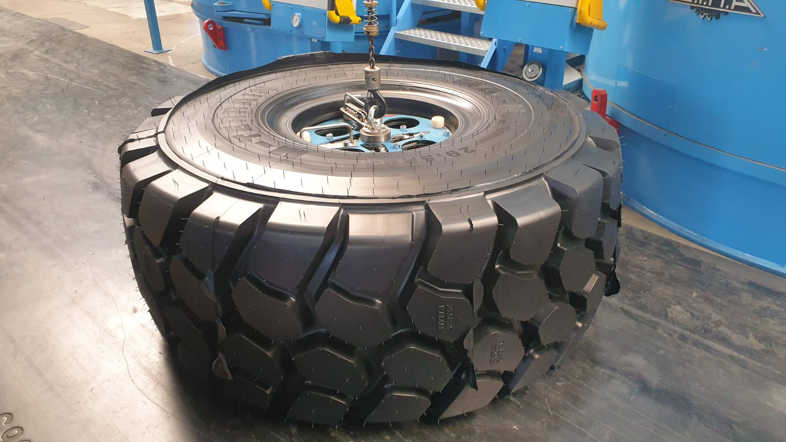Magna Offers Earthmover Tire Made in Holland