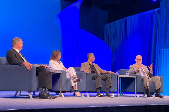 A panel discussion during the ATA Management Conference and Exhibition emphasized the importance of visibility into shipments for fleets and shippers.