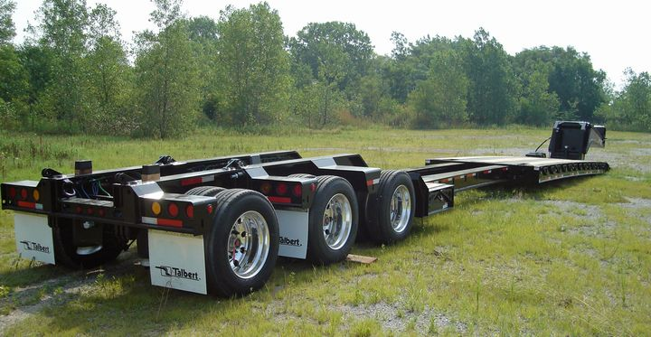 Permits can be quite the quagmire, so, in addition to offering their expertise, manufacturers are doing their best to design trailers that limit the need for extra permits. Telescopic trailers and trailers with dual kingpin settings are just a few examples of versatile designs from leading manufacturers.