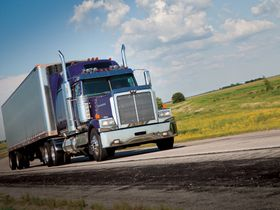 New Year to Bring Challenges for Trucking Industry