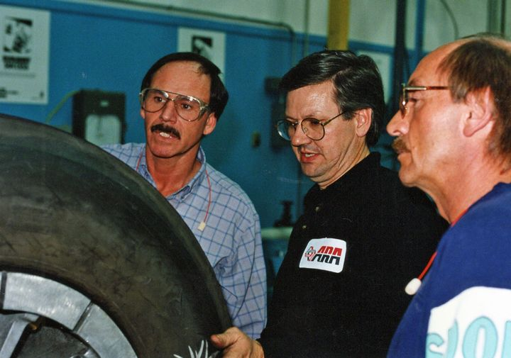 In the early 1990s, the American Retreaders Association, which preceded ITRA, believed that hands-on training led by an experienced instructor was the best way to teach what was then a much more manual retread process.