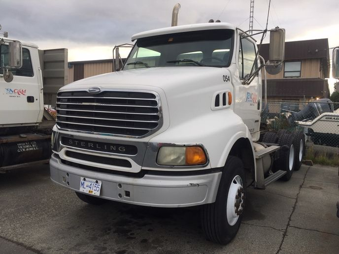 This 2005 model does regional and local work for companies whose trucks are sidelines with repairs or are short of drivers. - Photo: Ron Basi