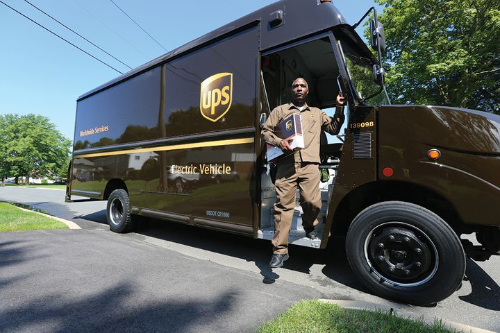 UPS has more than 10,300 alternative fuel and advanced-technology vehicles. - Photo: UPS