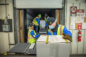 UPS delivering COVID-19 vaccines. - Photo: UPS