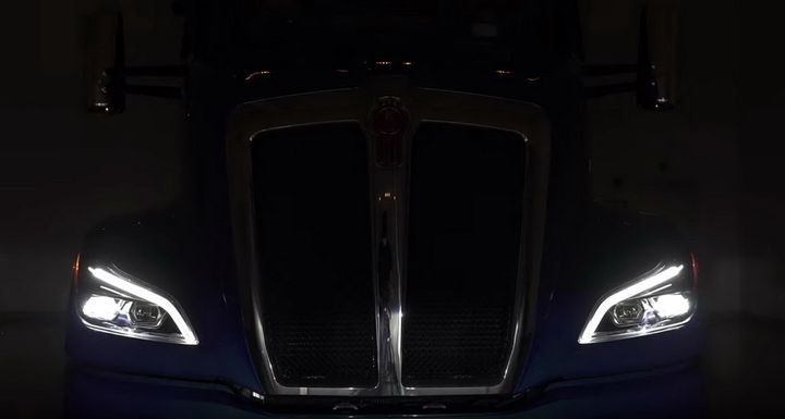 The dynamic shape of the LED daytime running light follows the curve of the headlight giving the truck a distinctive look. - Screenshot: Kenworth's virtual reveal event