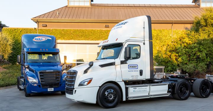 DTNA's first-generation electric trucks have been running in real-world customer evaluations. Generation 2 is getting ready for commercial production. - Photo: DTNA