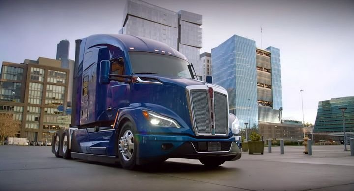 The T680 Next Generation is expected to ramp up production in the second quarter of 2021. Customers will be able to order either the current or the new version concurrently until at least the end of the year. - Photo: Kenworth