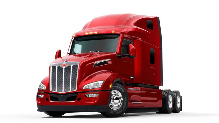 """Skoog said the bold styling of the New Model 579 """"really resonated with a lot of our customers."""" - Photo: Peterbilt"""