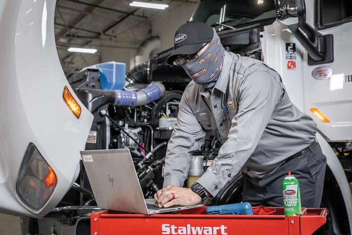 Diagnostic capabilities have never been better for fleet maintenance professionals. But time constraints are pushing more and more complex technical issues to dealers. - Photo: Rush Enterprises