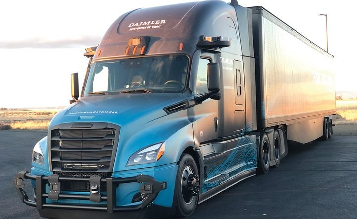 Daimler Trucks North America, which is working with autonomous-tech companies such as Torc Robotics and Waymo, recently showed off its second-generation autonomous Freightliner Cascadia. Note the sensor clusters on the front bumper and above the windshield and doors. - Photo: Jack Roberts