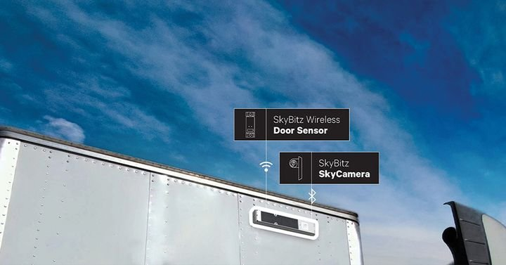 TheSkyBitz Kinnect, a next-generation GPS tracking solution that integrates sensor data from trailers and containers through one device. - Photo: SkyBitz