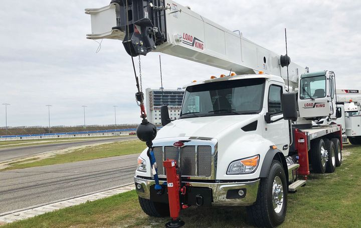 "Peterbilt strove to instill a ""car-like"" feel to its new medium duty truck line – even in its ""Baby 8"" Model 548 vocational models. - Photo: Jack Roberts"