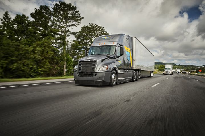 Looking ahead, U.S. Xpress hopes to test hydrogen-fuel-cell trucks in the near future. - Photo: U.S. Xpress