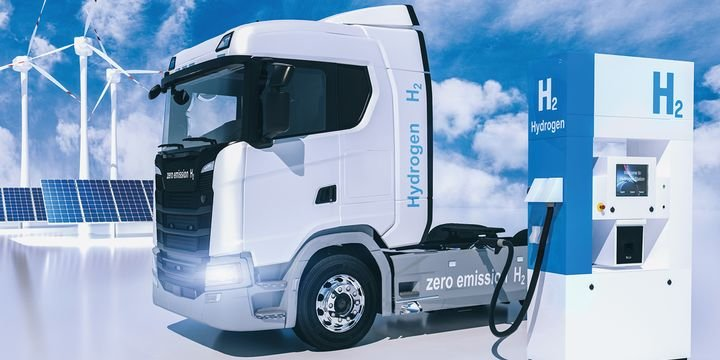 """Because a total """"ecosystem"""" is needed for the widespread adoption of fuel-cell-powered heavy trucks, companies are working together to accelerate the needed technologies. - Photo: Gettyimages.com/audioundwerbung"""